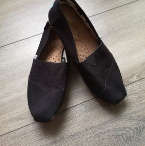 Toms women black flat